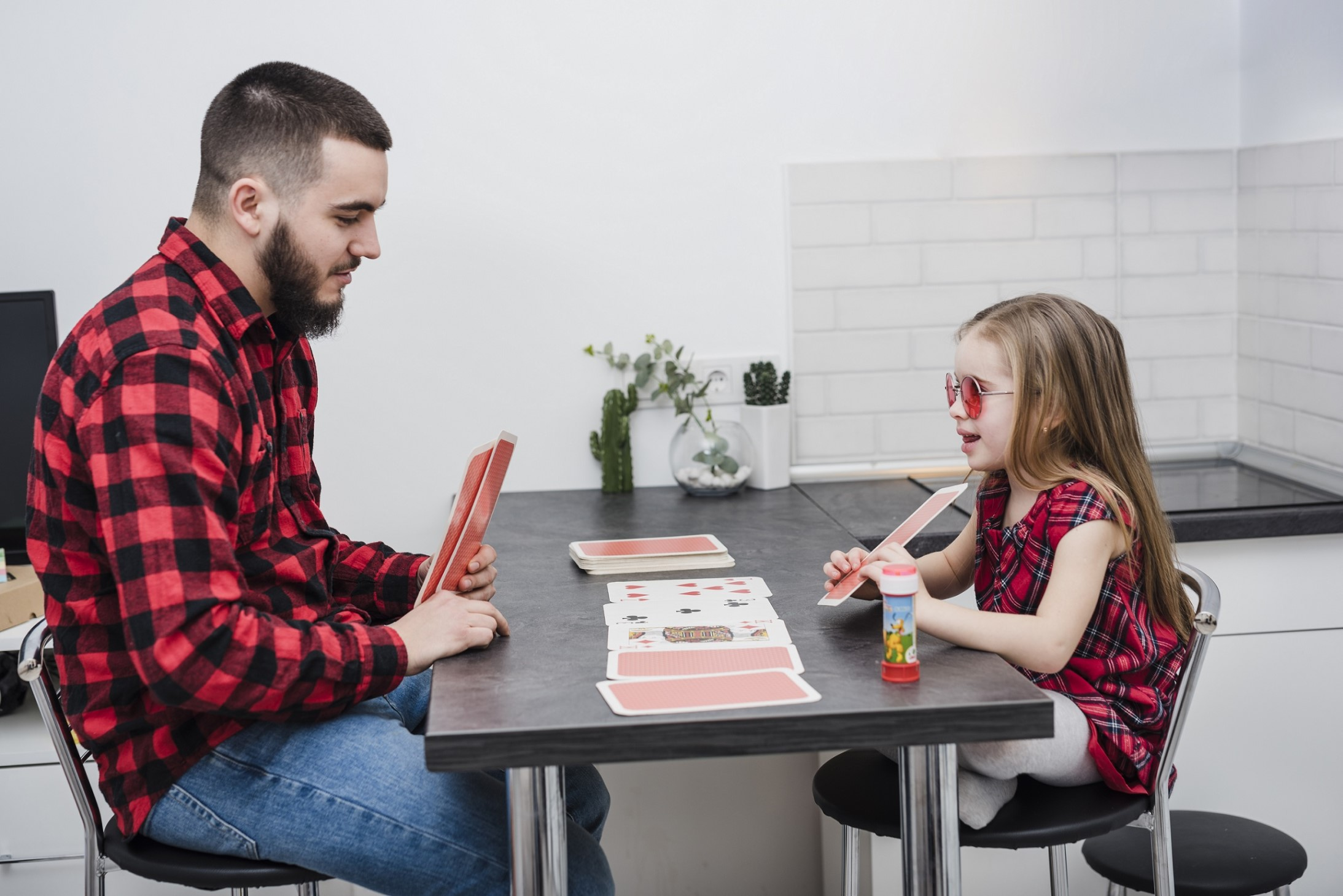 Card Games To Play With Your Kids Teens Edureviews Blog