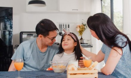 Ways to encourage your child to eat breakfast